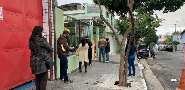 Imunização contra a covid   Contra orientação da Saúde, paulistanos procuram Pfizer e adiam vacinação