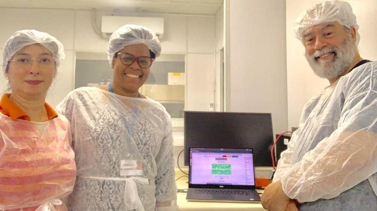 Claudia Gonçalves, Jaqueline Goes e Claudio Sacchi, parte da equipe brasileira que conseguiu sequenciar genoma de coronavírus em aproximadamente 48 horas após confirmação de diagnóstico - Arquivo pessoal - Arquivo pessoal