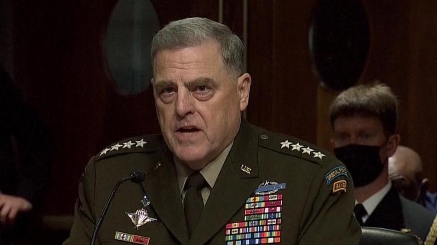 """Segundo general Mark Milley, as aspirações da Al-Qaeda de atacar os EUA são """"possibilidade muito real"""" - Reuters"""