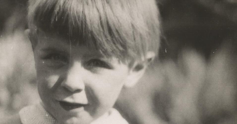 O cientista Stephen Hawking quando criança
