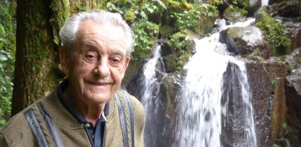 Prestes a completar 84 anos Antonio Vicente orgulha-se de ter plantado a própria floresta