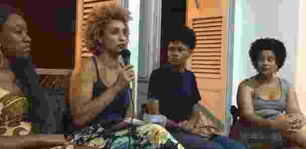 14.mar.2018 - Vereadora Marielle Franco em conversa com mulheres negras, horas antes de ser assassinada - Reprodução