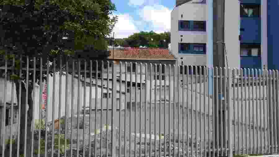 Estacionamento vazio onde funcionava a sede da empresa Blockchange, em Curitiba - Divulgação