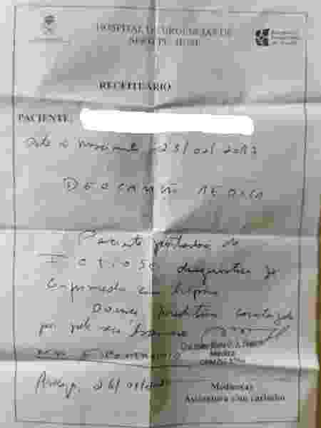 Família obteve laudo atestando que a doença não era contagiosa para entrar no próximo voo - Arquivo Pessoal