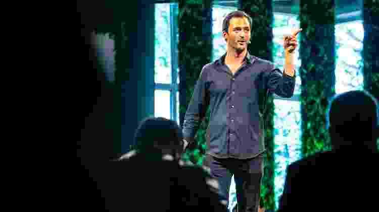 Jason Silva, filósofo, futurista e apresentador dos programas Jogos Mentais e Origins - Divulgação/Experience Club - Divulgação/Experience Club