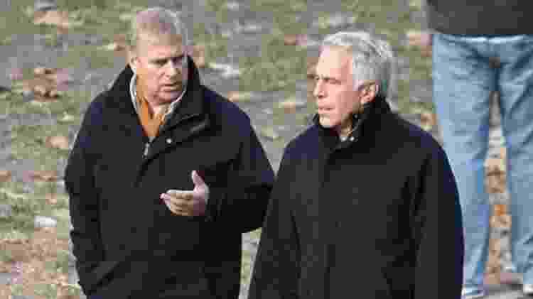 Maxwell teria apresentado o príncipe Andrew a Epstein - News Syndication - News Syndication
