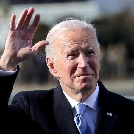 """Arquivo - Desde que chegou ao poder, Biden manteve a linha dura com Pequim, em especial em temas de direitos humanos e sobre sua """"política ameaçadora"""" em relação a Taiwan - Pool/Getty Images"""