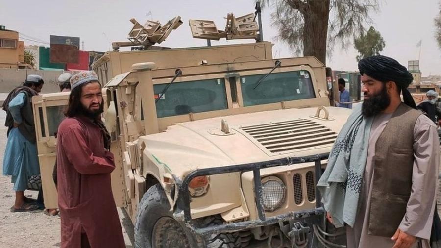 Talebã está se aproximando de centros urbanos afegãos em meio à retirada das tropas dos EUA - EPA
