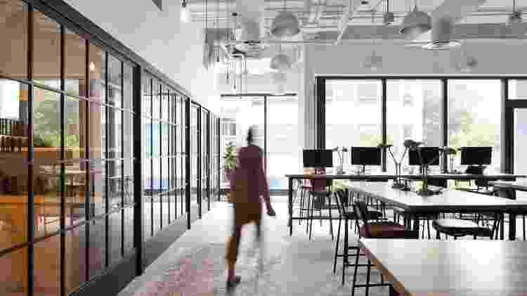 O escritório aberto provavelmente vai acabar, uma vez que os trabalhadores precisam de espaços mais diversos para trabalhar - Getty Images - Getty Images