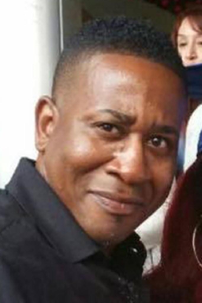 14.jun.2016 - Paul Terrell Henry, 41, foi uma das vítimas do massacre da boate Pulse, em Orlando (EUA). Conhecidos de Paul afirmam que ele era um homem muito próximo da família, inclusive de seus dois filhos. Sua filha, Alexia, se formou na escola recentemente