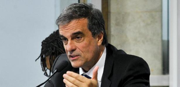 'Querem afastar Dilma a qualquer preço', afirma Cardozo - Geraldo Magela - 21.jun.2016/Agência Senado