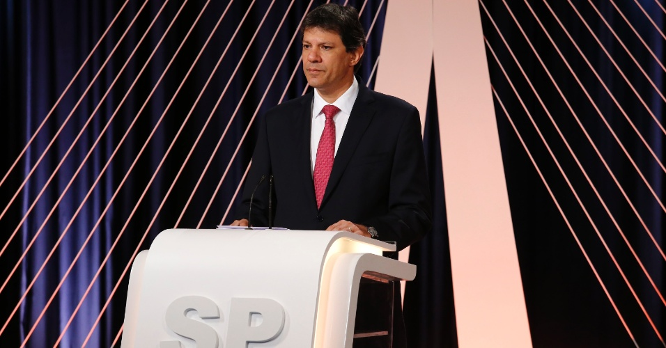 23.set.2016 - O atual prefeito de São Paulo e candidato à reeleição, Fernando Haddad (PT), participa do debate realizado por UOL, Folha e SBT