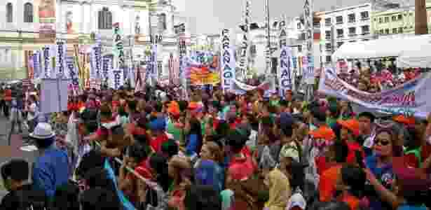 Apoiadores do presidente filipino Rodrigo Duterte se reúnem na praça Miranda, em Manila - DONDI TAWATAO/REUTERS