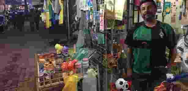 O comerciante Francisco Souza Nogueira diz que os espaços públicos da cidade estavam tomados por imigrantes venezuelanos - BBC - BBC