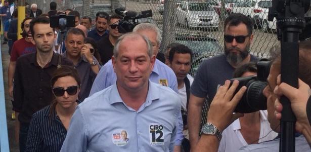 Ciro Gomes participa de agenda de campanha em São Caetano, na Grande SP
