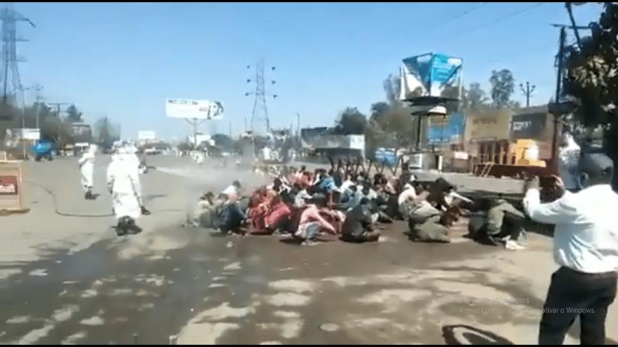 Trabalhadores migrantes são esterilizados na Índia - Reprodução/Twitter