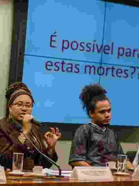Larissa Borges em sessão na Câmara Federal  - Jornalistas Livres - Jornalistas Livres