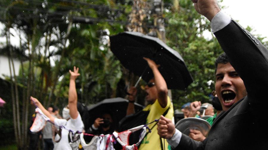 Manifestantes fazem protesto contra Doria - Ronaldo Silva/Estadão Conteúdo