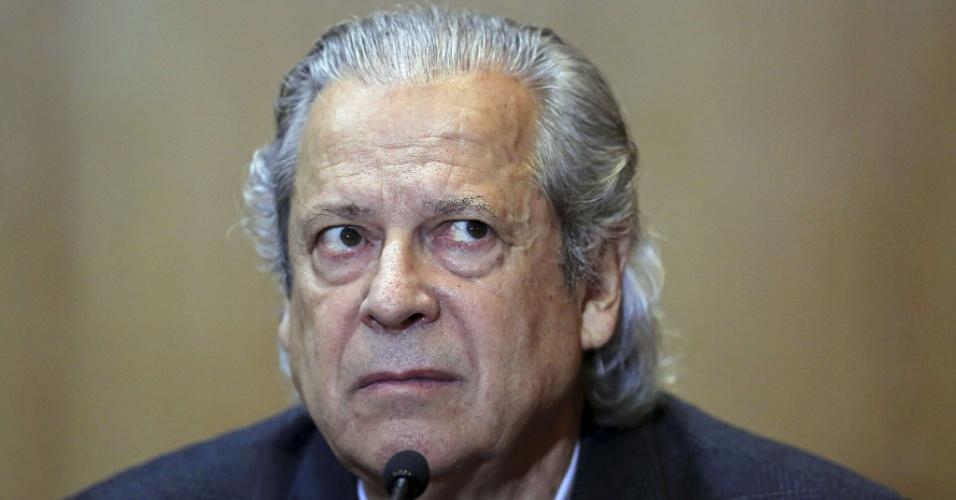 Jose Dirceu silencia na PF e na CPI da Petrobras
