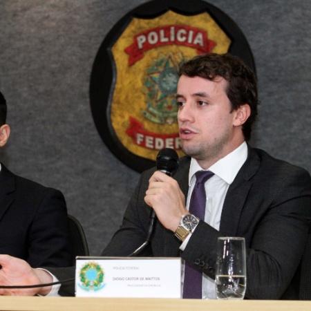 """Corrente de whatsapp dizia que Diogo Matos (dir.) seria fonte dos vazamentos: """"fake news"""" - Rodrigo Félix Leal/Futura Press/Estadão Conteúdo"""