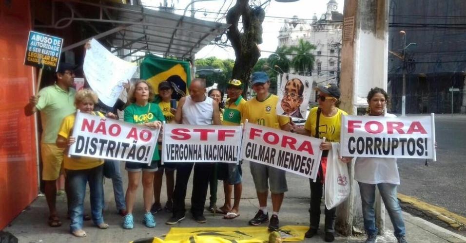 27.ago.2017 - Belém, no Pará, também foi palco de protesto do Vem Pra Rua, que pede pode renovação política