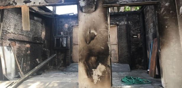 Terreiro incendiado em Campinas; religiões de origem africana são maiores vítimas