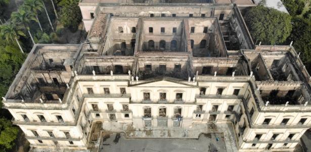 Imagem aérea do Museu Nacional após o incêndio