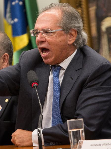 Guedes bate boca com deputados na Comissão de Constituição e Justiça (CCJ) - André Coelho/Estadão Conteúdo