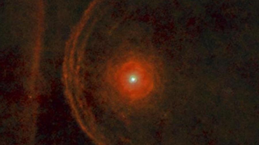 """Mudanças no brilho de Betelgeuse levaram a especulações sobre sua morte """"iminente"""" - ESA"""