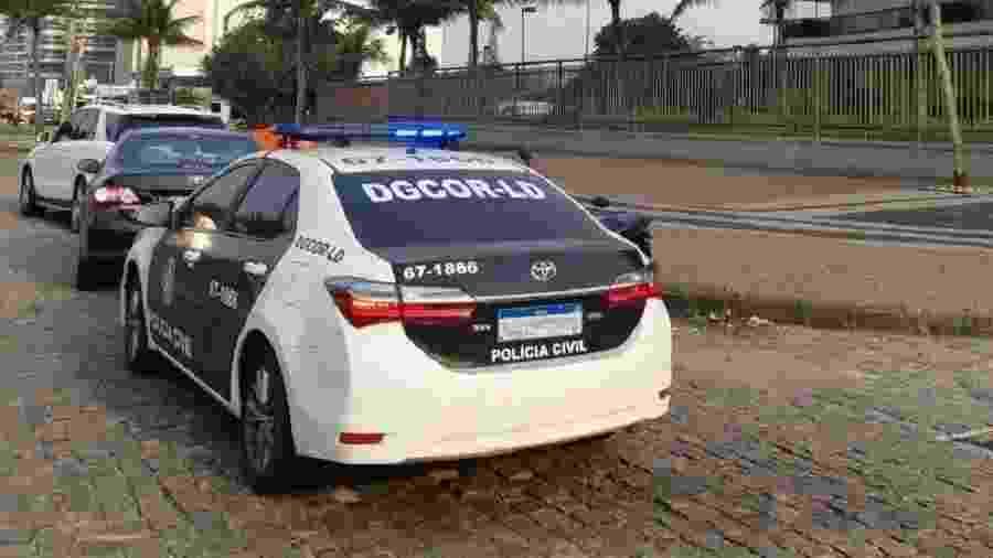 Veículo da Polícia Civil do Rio de Janeiro; agentes cumprem mandados contra traficantes em Paraíba do Sul - Reprodução/Twitter