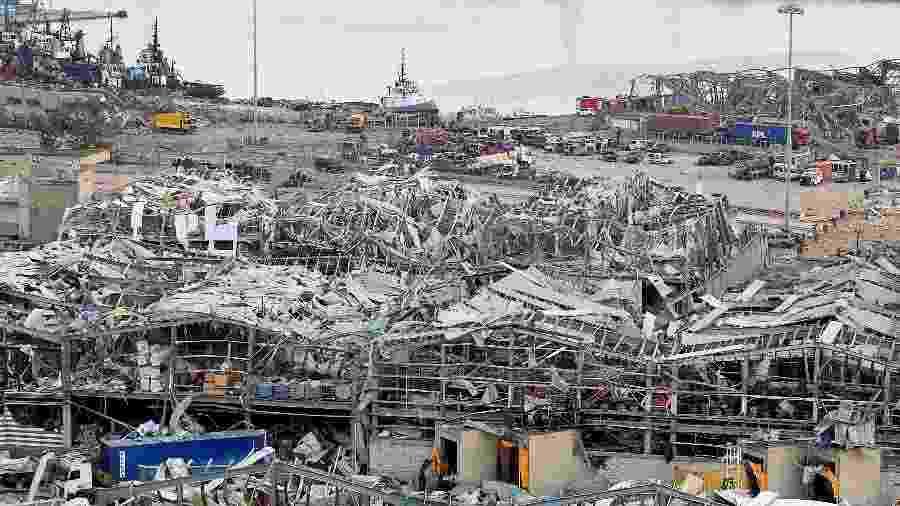 Danos causados por explosão na área portuária de Beirute, no Líbano -
