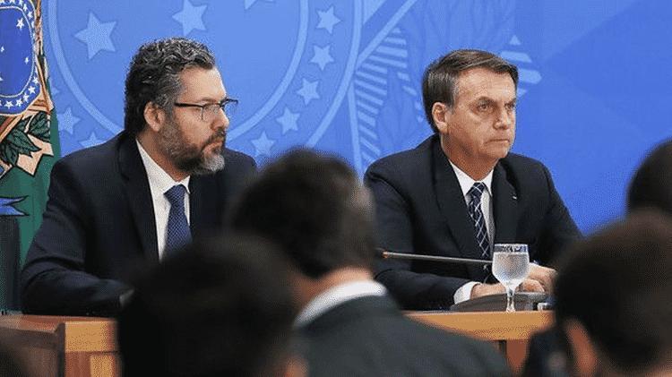 O chanceler Ernesto Araújo convenceu o presidente Bolsonaro, mesmo com divergências no Planalto, a renovar isenção de tarifa para importação do etanol americano - Marcos Corrêa/Presidência da República - Marcos Corrêa/Presidência da República