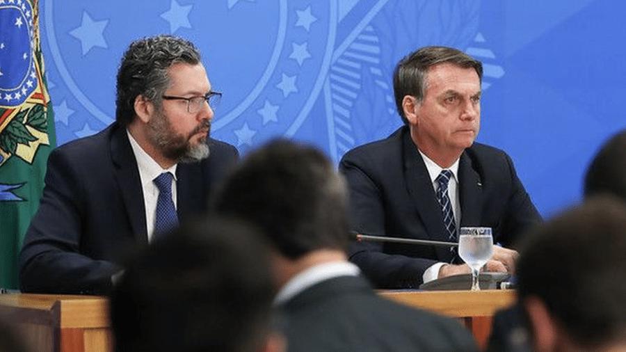 O chanceler Ernesto Araújo convenceu o presidente Bolsonaro, mesmo com divergências no Planalto, a renovar isenção de tarifa para importação do etanol americano - Marcos Corrêa/Presidência da República