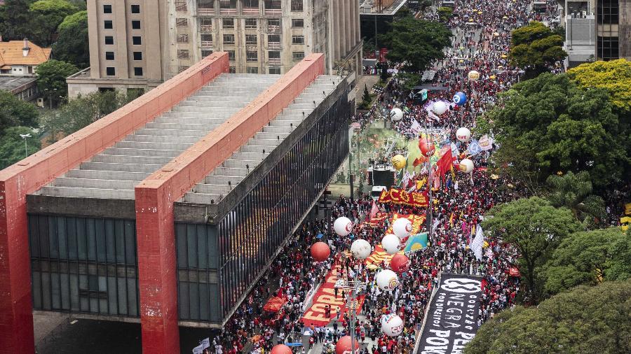 Ato contra Bolsonaro na avenida Paulista, em São Paulo - 2.out.2021 - Eduardo Knapp/ Folhapress