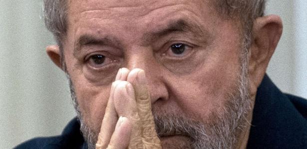 O ex-presidente Lula, que cogita ser ministro do governo Dilma e ganhar foro privilegiado