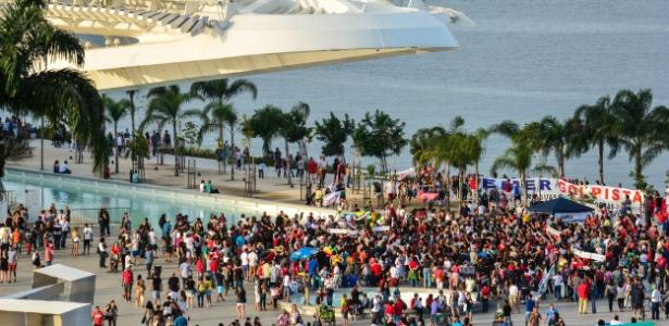 A histórica praça Mauá, na zona portuária do Rio, foi revitalizada para os Jogos Olímpicos