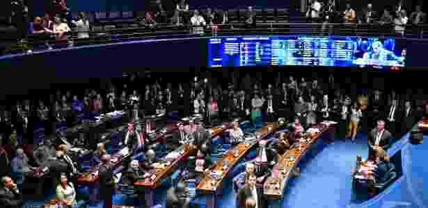 17.out.2017 - Senadores votam nesta terça feira, 17 de Outubro, a revogação do afastamento do senador Aécio Neves - Mateus Bonomi/Folhapress - Mateus Bonomi/Folhapress