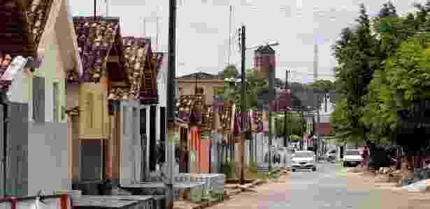 Casas construídas paralelamente à fundação da Companhia de Tecidos Rio Tinto, na Paraíba, são motivo de disputa judicial - Francisco França/UOL