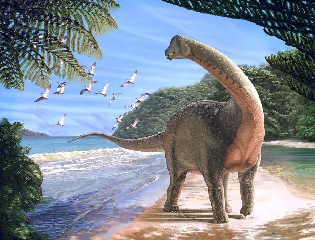 """Reconstrução do dinossauro """"Mansourasaurus shahinae"""", que viveu há cerca de 80 milhões de anos no deserto ocidental do Egito"""