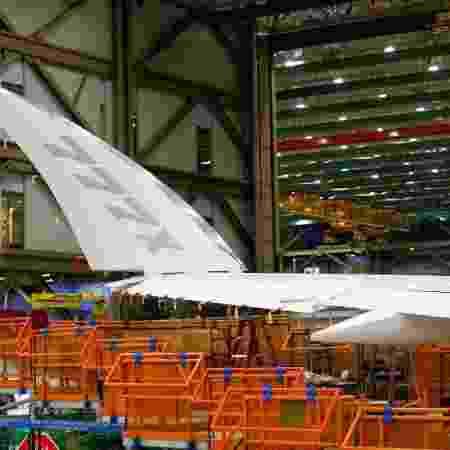 Construção de um Boeing 777x em instalação da companhia em Everett, Washington (EUA) - LINDSEY WASSON