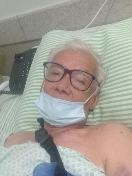Um idoso de 82 anos teve dois dedos arrancados após ser arrastado por carro durante assalto - Arquivo pessoal