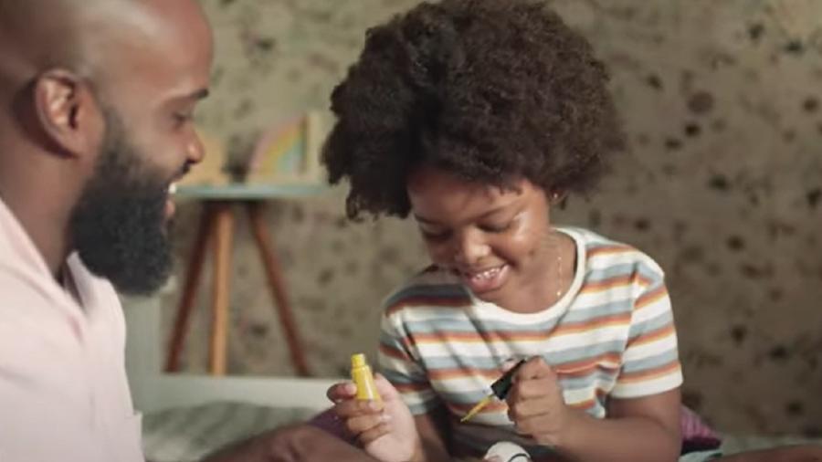 Trecho de campanha da Dove Men+Care - Reprodução/Youtube