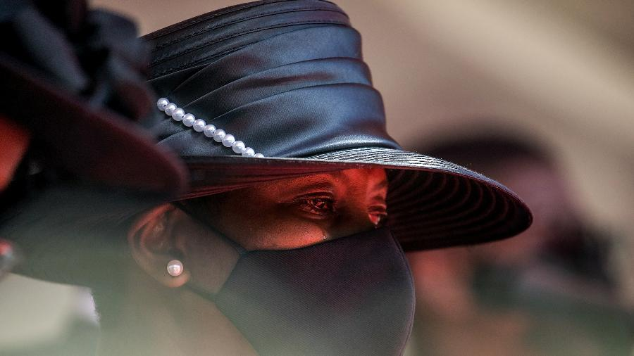 23.jul.2021- Martine Moise, viúva do presidente do Haiti Jovenel Moise, chora durante funeral in Cap-Haitien - Valerie Baeriswyl/AFP