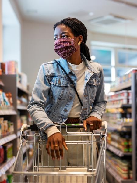 Foto ilustrativa: inflação, preços dos alimentos, supermercado - Luis Alvarez/Getty Images