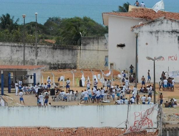 Detentos do presídio de Alcaçuz controlam cadeia desde rebelião em março de 2015
