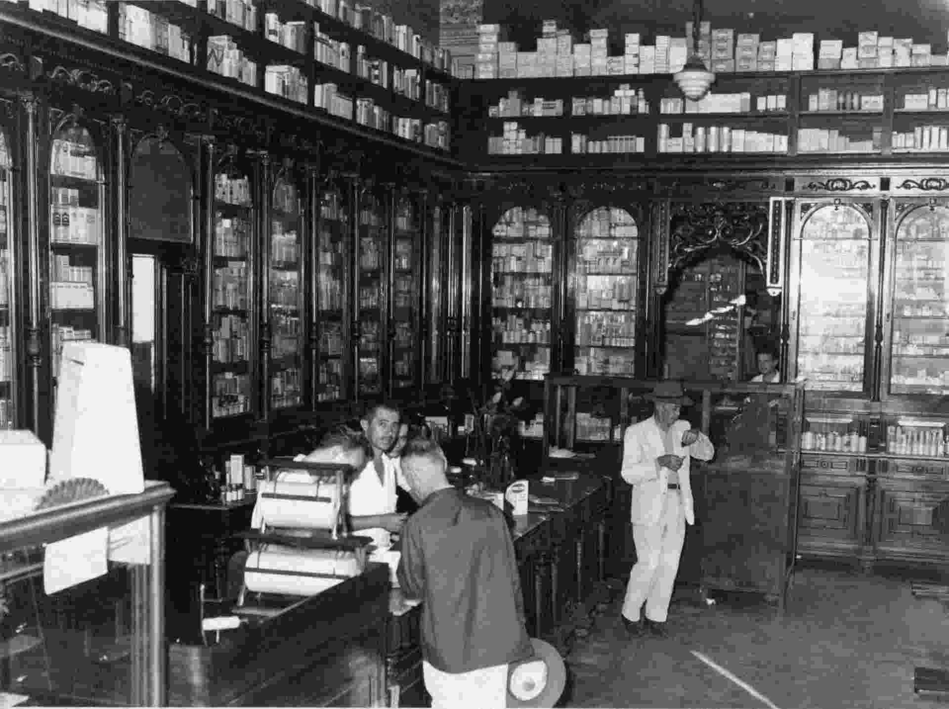 Droga Raia em Araraquara, em 1940 - Divulgação/Acervo Droga Raia
