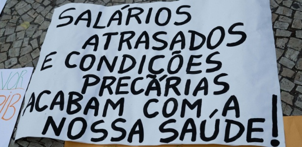 30.ago.2017 - Servidores protestam contra sucateamento na área da saúde no Rio - Andre Mello/Futura Press/Estadão Conteúdo