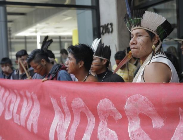 Um grupo de índios guarani ocupou nesta quarta-feira (30) parte do escritório da Presidência da República em São Paulo, na avenida Paulista - Luísa Calagian/Divulgação