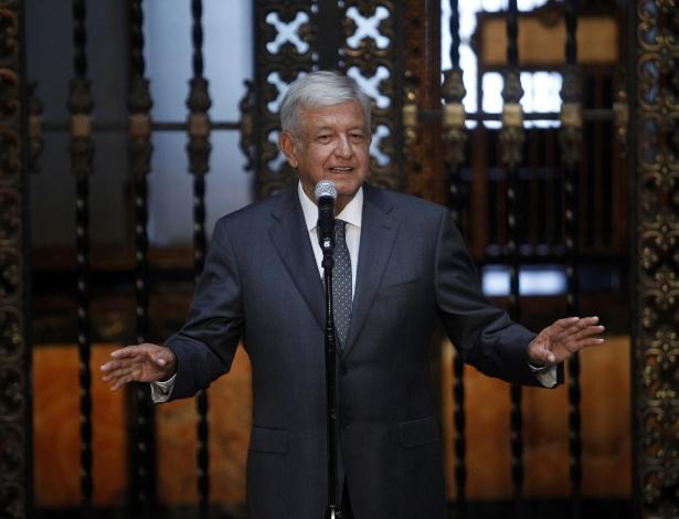 4.Jul.2018 - O presidente eleito do México Andrés Manuel López Obrador (Amlo) discursa após encontro com Enrique Peña Nieto na Cidade do México - Franciso Canedo / Xinhua