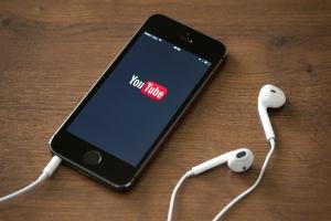 Não quer gastar o 3G? Veja como economizar dados ao ver vídeos no YouTube (Foto: iStock)